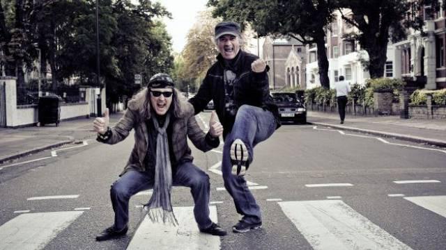 Chris von Rohr und Marc Storace auf der legendären Abbey Road in London.