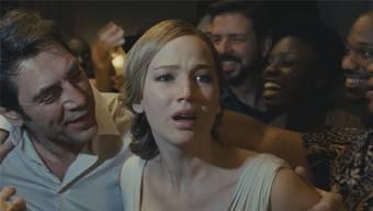 «Einmal wurde ich ohnmächtig»: Jennifer Lawrence (hier mit Javier Bardem) ging beim Dreh so weit wie nie zuvor. Paramount Pictures