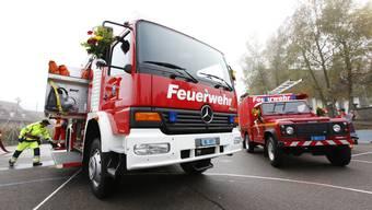 Grosser Bruder: Langenbruck schaffte sich sowohl ein Tanklöschfahrzeug wie einen Landrover an. (Andreas Frossard)