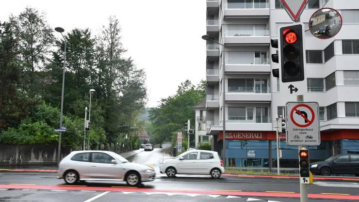 Missverständlich: Signalisation an der Ecke Bleichmatt-Ziegelfeldstrasse.
