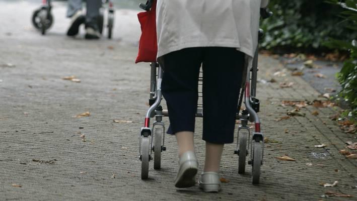 Lückenhafte Koordination bei Altersthemen und ein mangelhaftes Hinderniskonzept — für all diese Probleme sollen neue Massnahmen und Leitsätze ausgearbeitet werden.