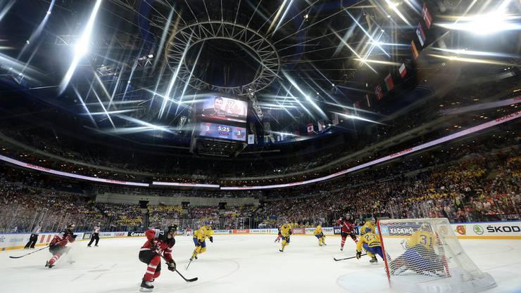 Terry Jones schreibt seit Jahren über das kanadische Eishockey - so auch an der WM in Prag.