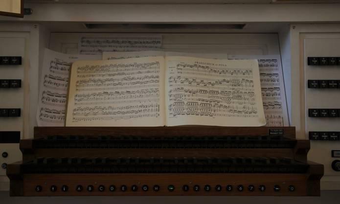 Notenblatt für die Orgelmusik.