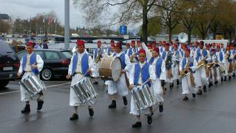 Bereits seit 1961 bestreitet die Stadtmusik Dietikon das Spiel der Zunft zum Kämbel. (Archiv)