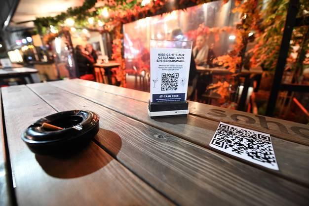 Ab Montag sind Restaurants, Bars und Clubs im Stadtkanton geschlossen.
