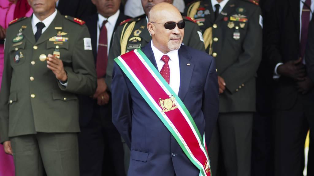 Ex-Militärdiktator  als Präsident von Surinam abgelöst