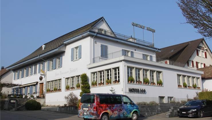 Im «Bären» befinden sich neu Studios, Hotelzimmer und Wohnungen, dazu eine Bar sowie ein Bewegungstreff.Cm/Archiv az
