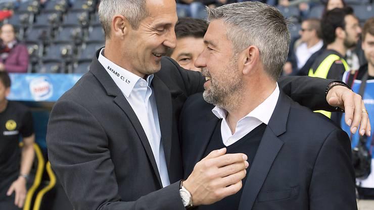 Im Stade de Suisse ging es nicht um alles: die Trainer Adi Hütter und Urs Fischer in herzlicher Freundschaft