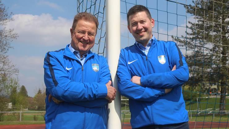 Die FC-Präsidenten Ueli Bruder (l.) und Mike Barth freuen sich über den Entscheid.