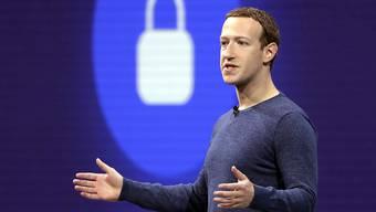Mark Zuckerberg will das riesige Netz von Facebook dazu nutzen, eine Weltwährung zu lancieren. (Archivbild)