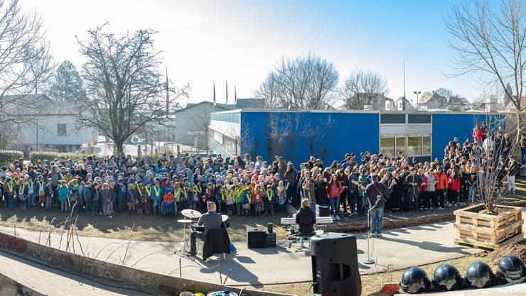Spatenstich zur Schulraumerweiterung in Langendorf 2019