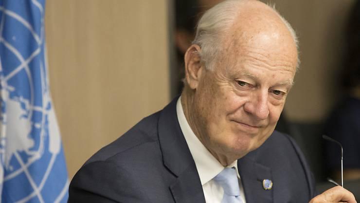 Trotz geringer Erfolge in der siebten Runde der Syrien-Friedensgespräche in Genf will UNO-Vermittler Staffan de Mistura die Konfliktparteien im September für eine achte Runde aufbieten.