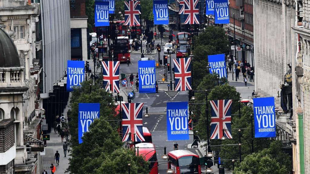 Konsumentenvertrauen in Grossbritannien auf 10-Jahres-Tief