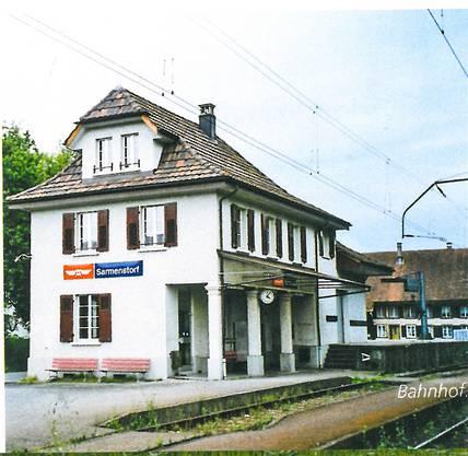 Der alte Bahnhof steht schon längst nicht mehr, die Wohlen-Meisterschwanden-Bahn hat ihren Betrieb 1997 eingestellt.