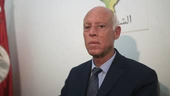 Jura-Professor Kaïs Saïed hat die erste Runde der Präsidentenwahl in Tunesien gewonnen.