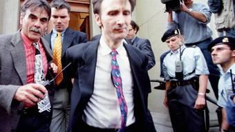 René Osterwalder (M) nach der Verurteilung im Jahr 1998 (Archiv)