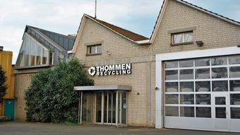 Wird für die Firma Thommen ein Alternativstandort gefunden, könnte am Bahnhof ein neues Quartier entstehen.