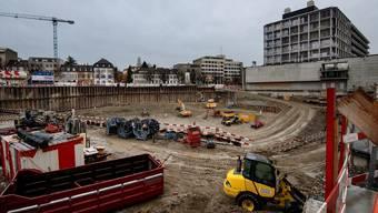 Die Grube für das Basler ETH-Zentrum ist ausgehoben. Wann gebaut werden kann, entscheidet das Gericht.