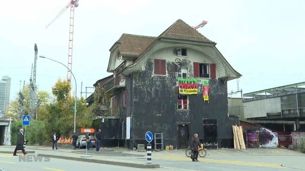 """Besetztes Haus Ostermundigen: Kollektiv """"Osterhase"""" zieht aus"""