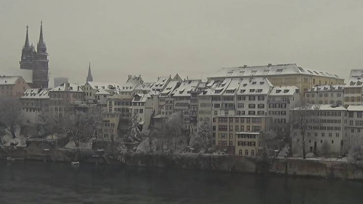 Basel grüsst am Sonntagmorgen in einem weissen Kleid.