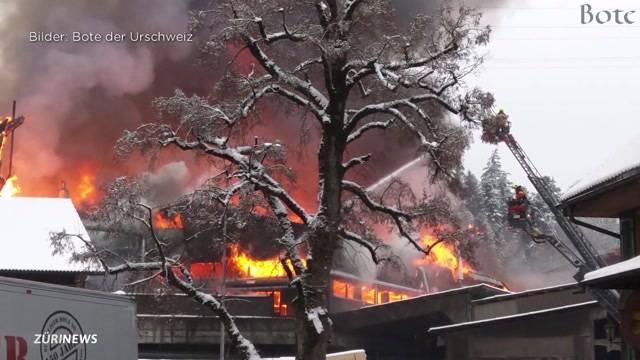 Flammen lodern immer noch in Schilliger-Sägerei