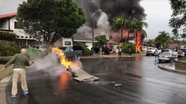 Fünf Tote nach Flugzeugabsturz auf Wohnhaus
