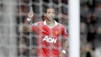 Manchester Uniteds Nani feiert seinen Treffer zum 2:1 gegen Stoke