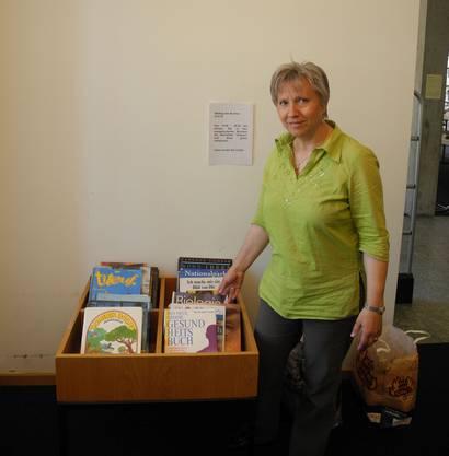 Bibliothekarin Agnes Matt