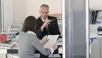 Bloss mit einem Bewerbungsgespräch kommen die Jungen heute oft nicht zu einem Job.