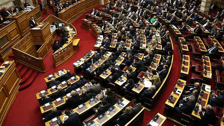 Das Parlament in Athen hat das Nato-Beitrittsprotokoll des künftigen Nordmazedonien ratifiziert.