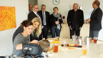 Von links: Alt-Regierungsrat Christian Wanner (Präsident der Patronatskomitees), Alt-Bundesrat Samuel Schmid (Mitglied Patronat), Alt-Kantonsratspräsident Hans-Ruedi Wüthrich (Vizepräsident Vorstand Verein), Maria Wüthrich (Fundraising) und Leiter Roger Schnellmann.