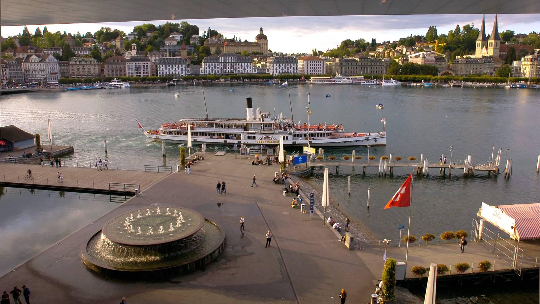 Nebst dem Quai und dem Inseli sind auch Teile des Europaplatzes abgesperrt. (Archivbild)