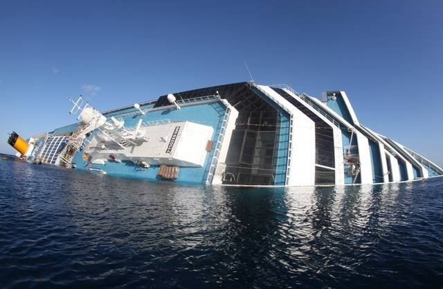 """Die Reederei der """"Costa Concordia"""" entschädigt die Passagiere (Archiv)"""