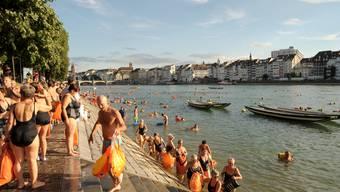 Das Rheinschwimmen 2013 in Basel