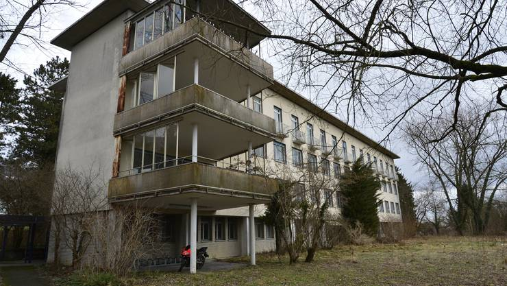 Dieser Trakt des alten Spitals soll schon bald der Abrissbirne zum Opfer fallen.