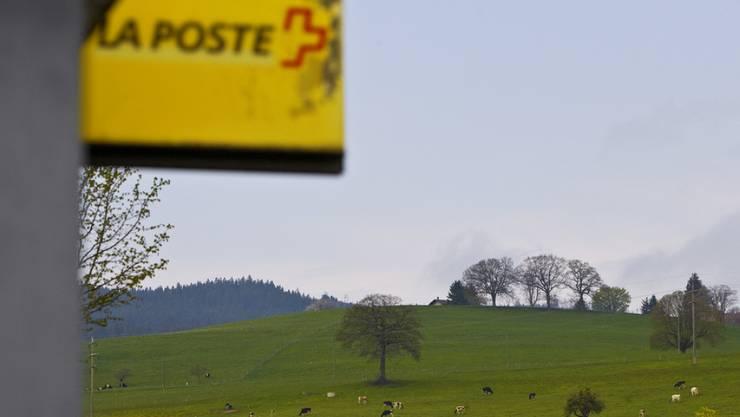 Gemeinden sollen kein Vetorecht gegen die Schliessung von Poststellen haben. Der Nationalrat hat am Dienstag einen Vorstoss mit diesem Anliegen abgelehnt (Symbolbild).
