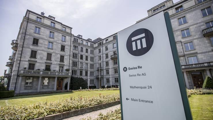 Auf Swiss Re kommen wegen der Pandemie Milliardenforderungen zu.