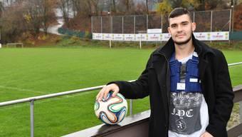 Lars Kaufmann kann es kaum erwarten, wieder auf dem Fussballplatz in Dulliken zu stehen. Bruno Kissling