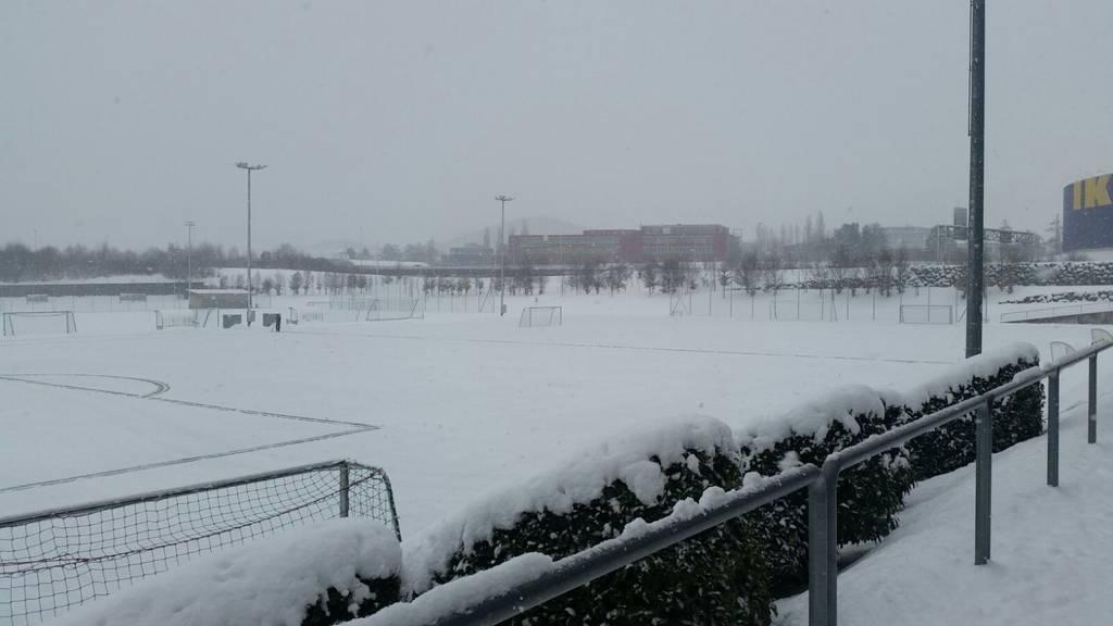 Der verschneite Trainingsplatz auf dem Gründenmoos.