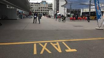 Die Taxi-Standplätze beim Bahnhof Aarau sind heiss begehrt – und jetzt ein Fall für das Bundesgericht.