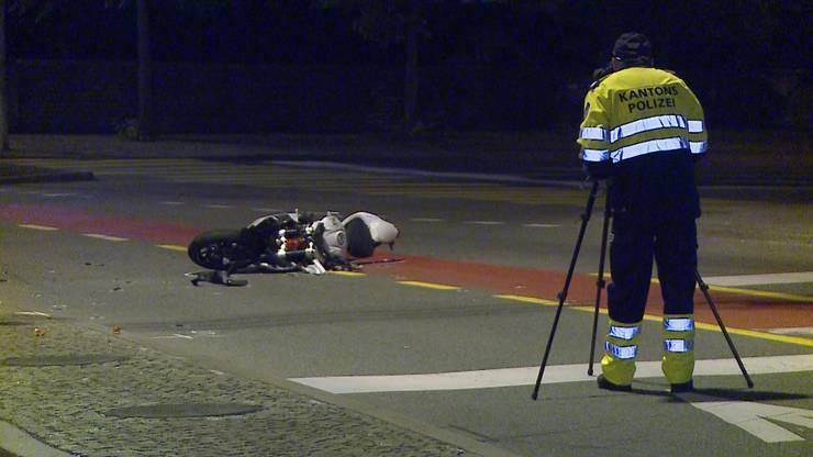 Bei der Kollision kam ein 26-jähriger Töfffahrer ums Leben.