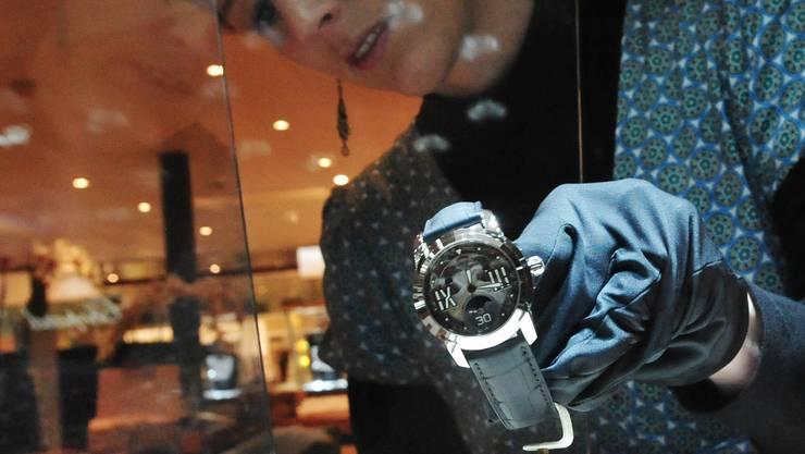 Letzter Schliff: Auch bei Blancpain werden die Uhren auf ihre Plätze gebracht. (niz)