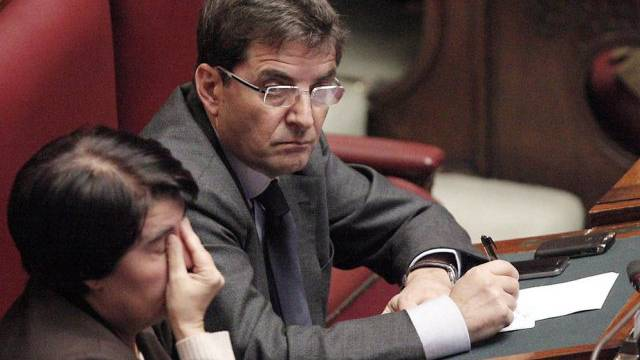 Berlusconi-Vertrauter Nicola Cosentino (rechts) im Parlament in Rom