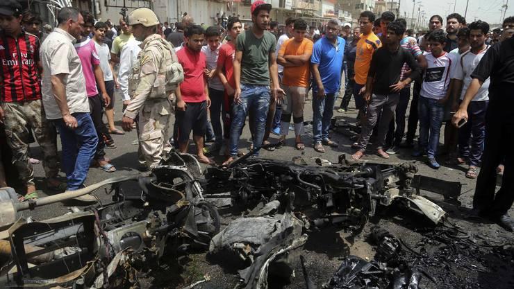 Die Autobombe explodierte inmitten eines belebten Marktplatzes.