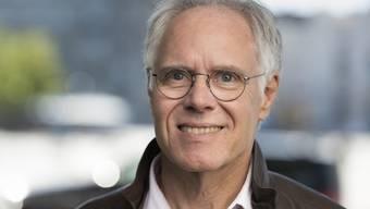 Alt Bundesrat Moritz Leuenberger geniesst die gute alte Normalität: Sonderbehandlungen im Amt sind ihm stets mehr peinlich als recht gewesen. (Archivbild)