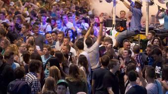 In Bern nahmen Anfang Juni rund 10000 Personen an einer Tanz-Demo teil (Archiv)