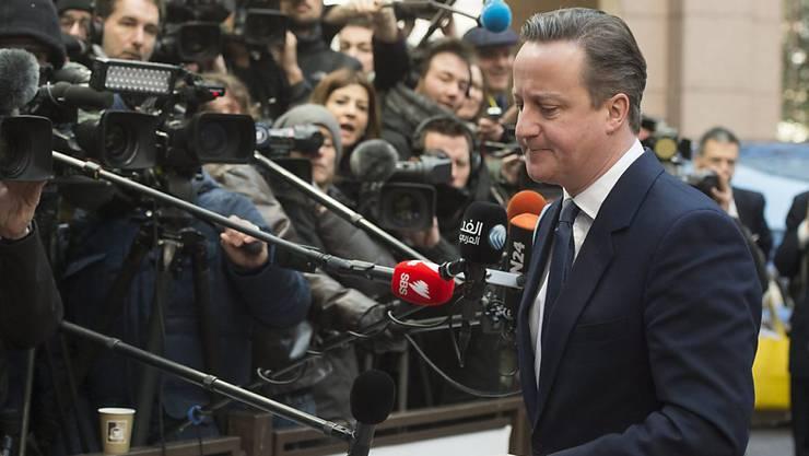 Der britische Premier David Cameron ist am zweiten Gipfel-Tag bei seiner Ankunft noch nicht zufrieden mit den auf dem Tisch liegenden Vorschlägen zum EU-Reformpaket.