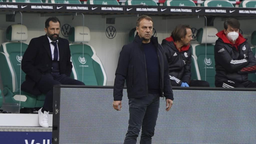 Nicht mehr zu kitten: Das schlechte Verhältnis zwischen Hansi Flick (vorne) und Hasan Salihamidzic bei Bayern München verunmöglicht eine Fortsetzung der Zusammenarbeit