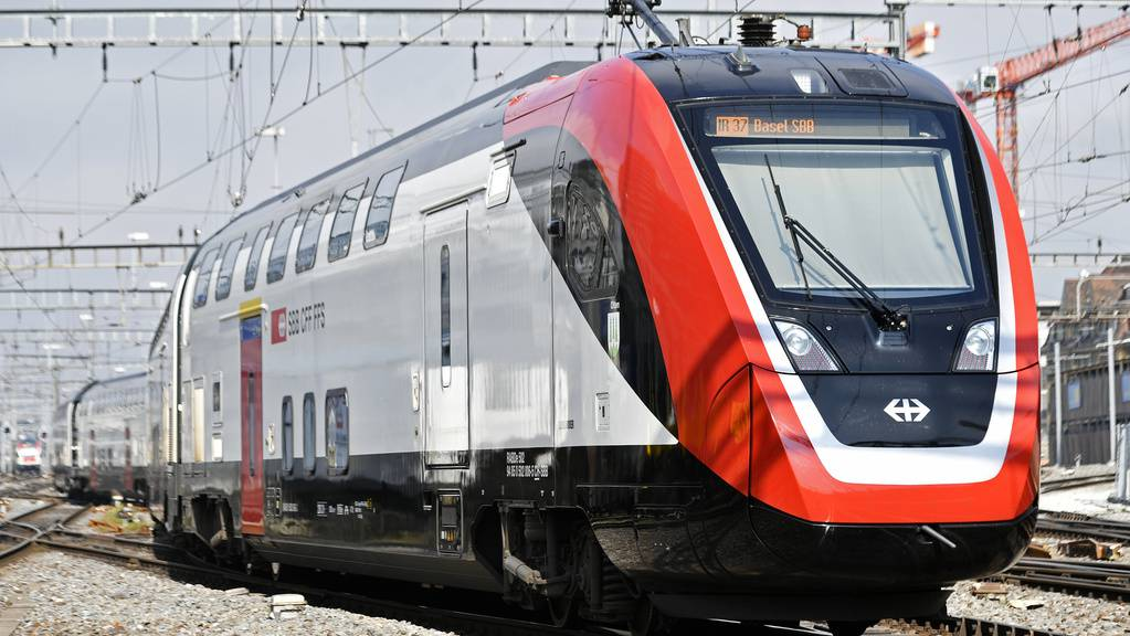 Fernverkehr-Doppelstockzug FV Dosto