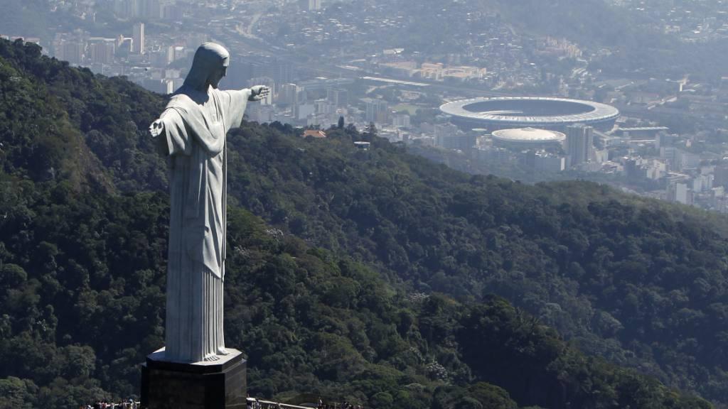 Rio verlegt Patienten aus provisorischer Corona-Klinik im Maracanã